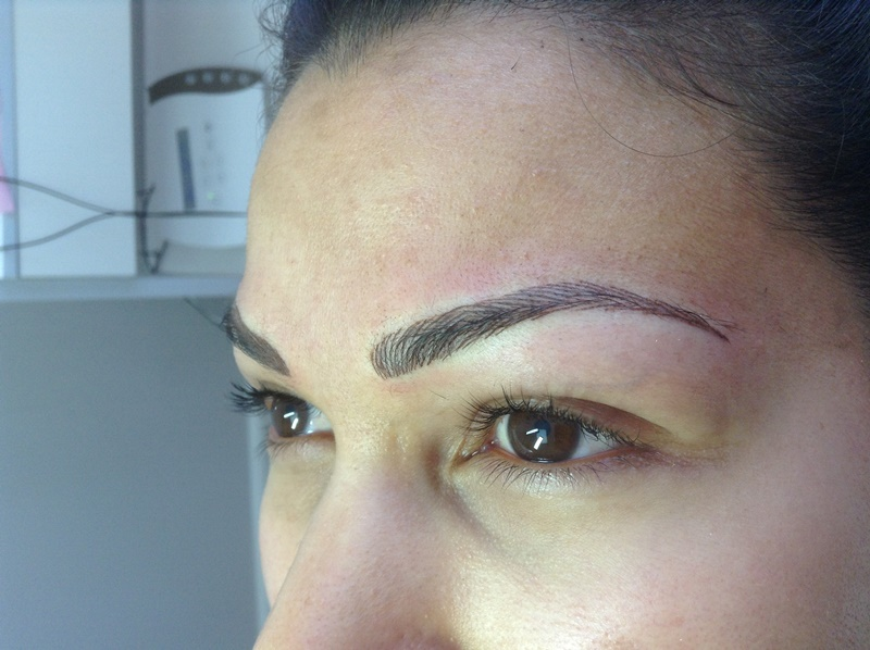 Voor-en-na-permanente-make-up-Tresjolie2